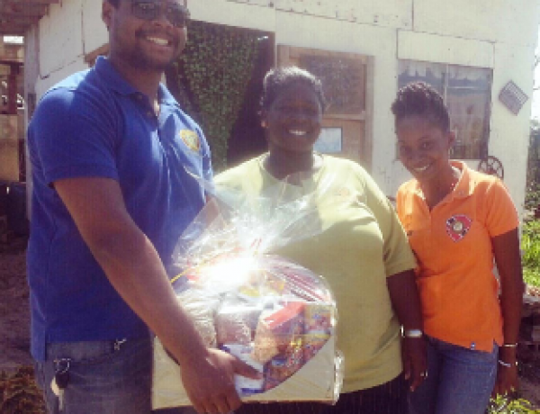 RC Point Fortin – Hamper distribution to Point Fortin Families